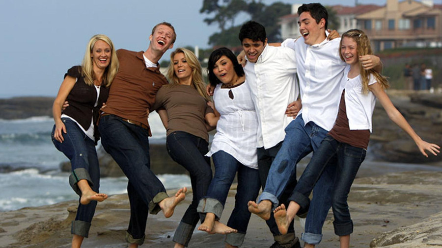 what-family-means-davies-family-752x427
